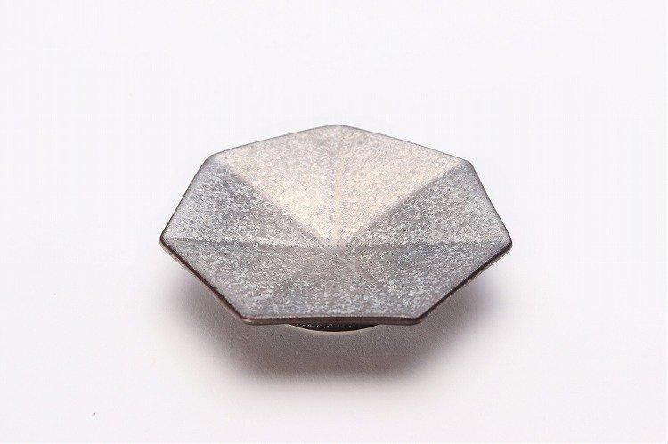 ☆陶悦窯 黒柚子銀塗り 七角小皿 画像メイン