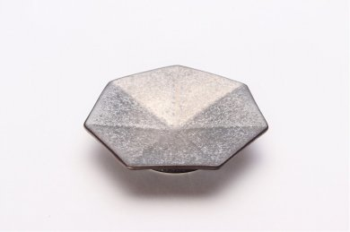 陶悦窯 黒柚子銀塗り 七角小皿