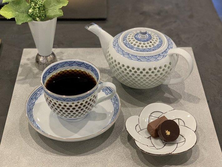 ☆田清窯 太白プラチナ線梅むすび小皿 画像サブ6