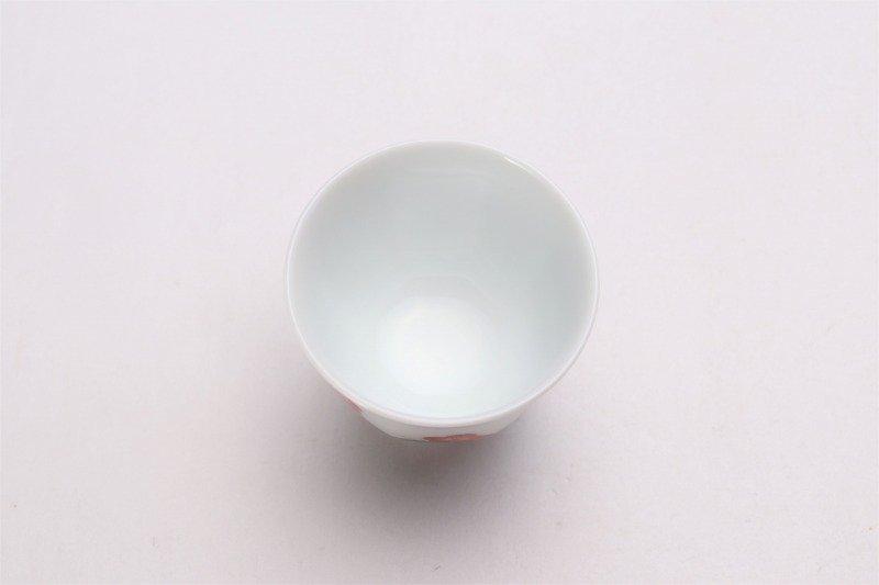 柿右衛門窯 ぐい呑(八角) 青海波桜文 画像サブ5