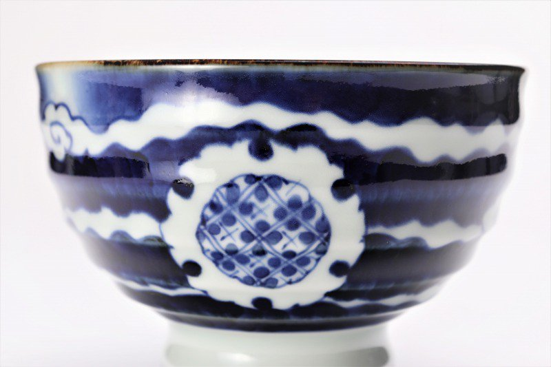 福泉窯×MARUKEIオリジナル 染付雲濃丸囲紋 高台ロクロ目麺鉢 画像サブ4