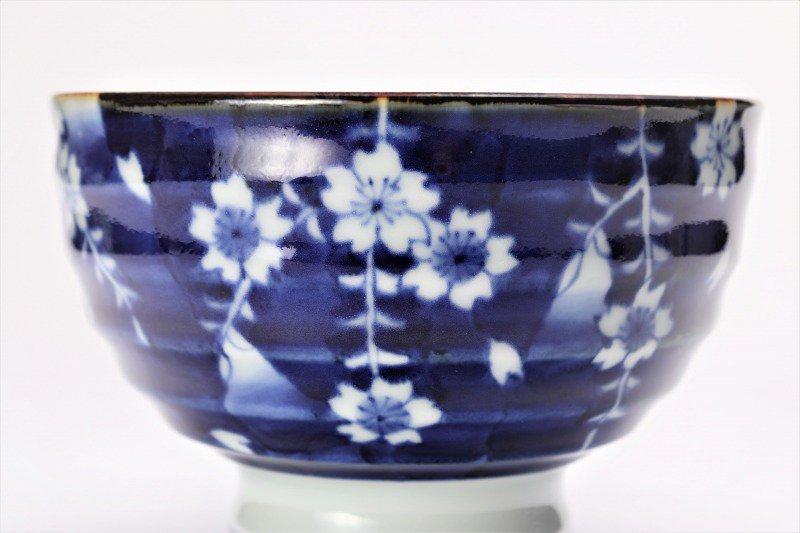 福泉窯×MARUKEIオリジナル 染付しだれ桜 高台ロクロ目麺鉢 画像サブ2