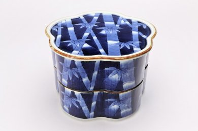 福泉窯×MARUKEIオリジナル 染付竹外濃 花型蓋物(2段)