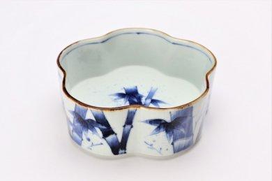 福泉窯×MARUKEIオリジナル 染付竹濃 花型鉢