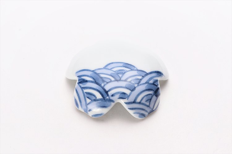 楽々シリーズ 染付青海波 桜型排水口カバー 画像メイン