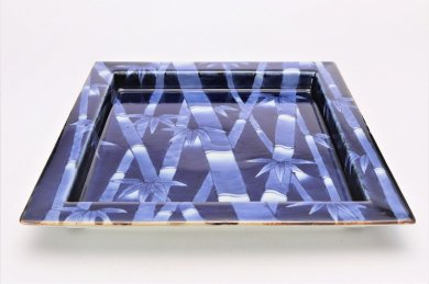 福泉窯×MARUKEIオリジナル 染付竹外濃 鍔付正角盛皿