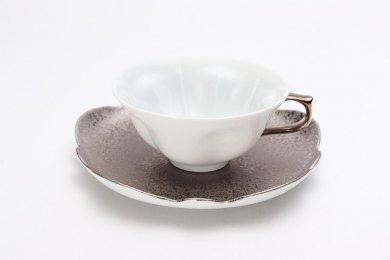 ☆田清窯 白磁銀箔高台付桜ティーカップ