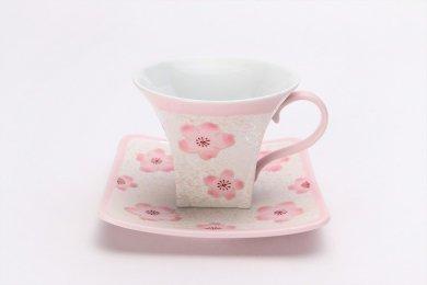 ☆田清窯 薄ピンク釉虹彩桜角コーヒー碗皿