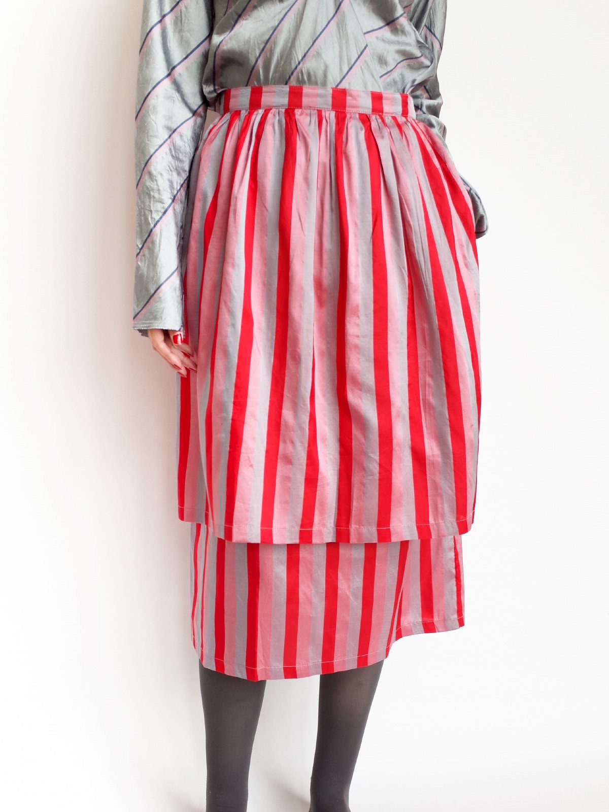 Double Skirt / pink × red