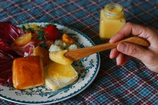 国産竹で作ったバターナイフ(名入れ-ゴシック体-)