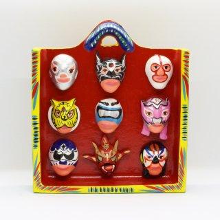 ルチャリブレ 9個のマスク 壁掛け赤