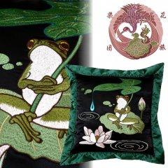 ESC-002 蓮と蛙刺繍クッション
