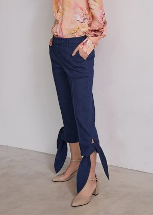 <img class='new_mark_img1' src='https://img.shop-pro.jp/img/new/icons16.gif' style='border:none;display:inline;margin:0px;padding:0px;width:auto;' />navy ribbon pants