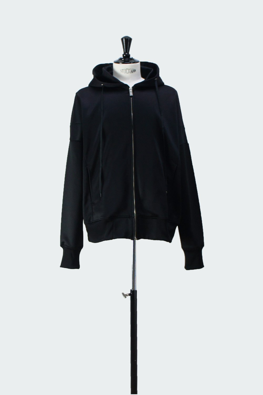 <img class='new_mark_img1' src='https://img.shop-pro.jp/img/new/icons8.gif' style='border:none;display:inline;margin:0px;padding:0px;width:auto;' />ZIP UP HOODIE BLACK