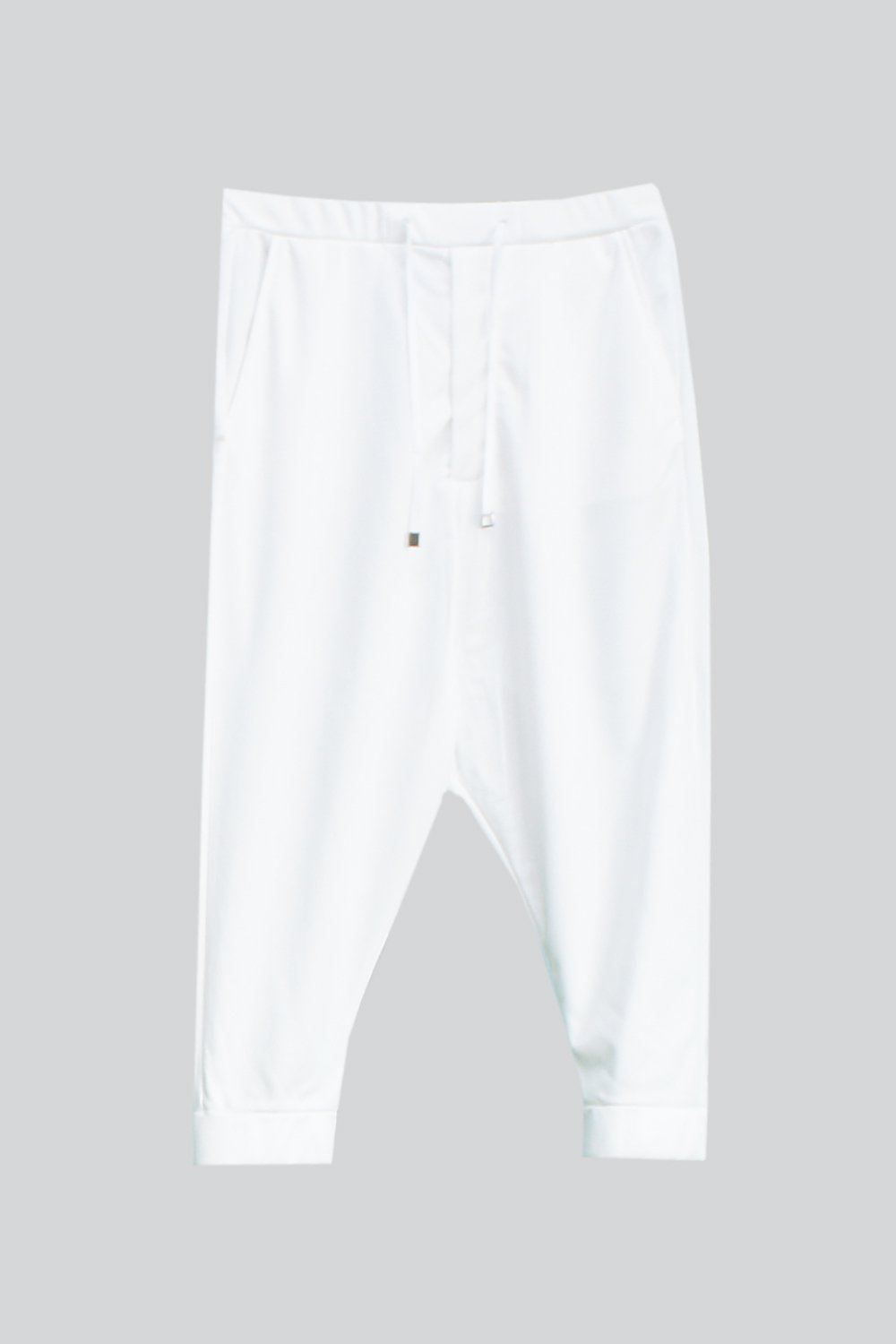 <img class='new_mark_img1' src='https://img.shop-pro.jp/img/new/icons8.gif' style='border:none;display:inline;margin:0px;padding:0px;width:auto;' />SWEAT  SARROUEL PANTS WHITE