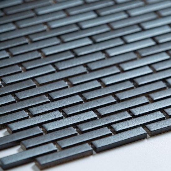 オリジナルタイル通販のタイルメイド モノタイル メタルブラック レンガ貼り 30シート入
