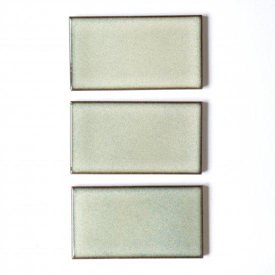 オリジナルタイル通販のタイルメイド 焼き物の風合いむらタイル 黄緑むらタイル 小口(ケース)