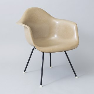 Eames Arm Shell / H Lounge Base (LAX)