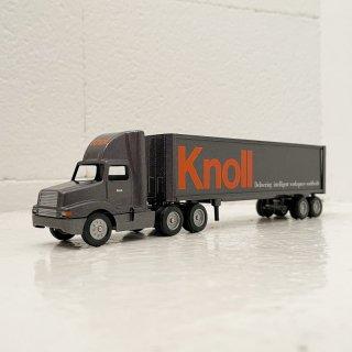 Knoll Miniature Trailer Morrison 10yrs