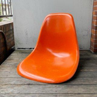 Eames Side Shell / Red Orange