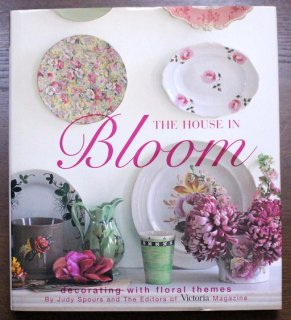 The House in Bloom Decorating With Floral Themes