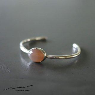 accessories mau (アクセサリー マウ)  オレンジムーンストーン キャッツアイ silver bangle