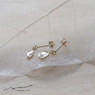 accessories mau (アクセサリー マウ)  スライスダイヤモンド ピアス A