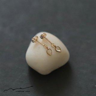accessories mau (アクセサリー マウ)  スライスダイヤモンド ピアス B