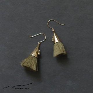 accessories mau (アクセサリー マウ)  つつっぽ brass ピアス(オリーブ)