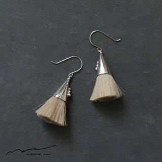 accessories mau (アクセサリー マウ)  つつっぽ silver ピアス(ベージュ)