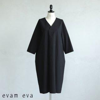 evam eva(エヴァム エヴァ) 【2021ss新作】コットンVネック ワンピース / cotton V neck one-piece black (90) E211T068