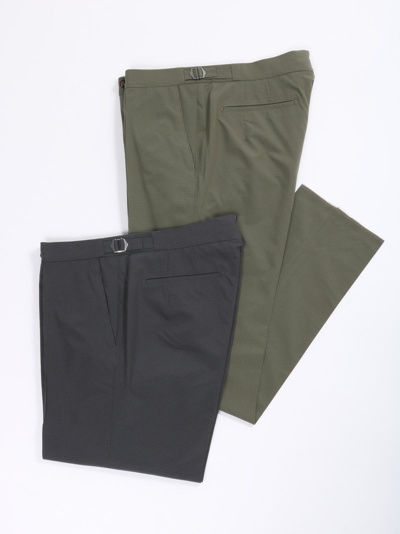 【The Chino Revived】<br>エアリー2WAYストレッチ1プリーツパンツ