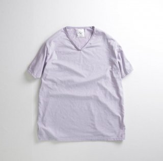 <img class='new_mark_img1' src='https://img.shop-pro.jp/img/new/icons5.gif' style='border:none;display:inline;margin:0px;padding:0px;width:auto;' />remilla / ポリコV-neck Tee / Lavender, Ash White