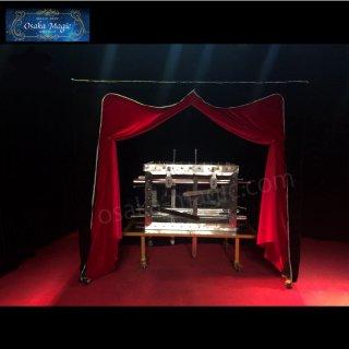 エクスカリバーイリュージョン〜Excalibur Illusion〜ラスベガスイリュージョニストも演じる衝撃の人体交換!!!