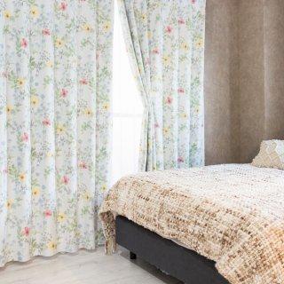 ナチュラルカントリー調の花柄プリントが可愛い 遮光2級【リバティ】レッド おしゃれなインテリアにおすすめの国産オーダーカーテン 寝室や出窓、カフェカーテンにも◎