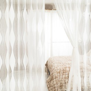 【透ける素材のレースカーテン】おしゃれな透ける柄のレース <パルナボイル>