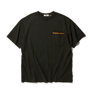 RADIALL/FLAMES-CREW NECK POCKET T-SHIRT S/S/ブラック【20%OFF】<img class='new_mark_img2' src='https://img.shop-pro.jp/img/new/icons20.gif' style='border:none;display:inline;margin:0px;padding:0px;width:auto;' />