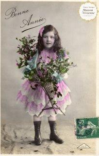 フランスアンティーク ポストカード ヤドリギとヒイラギを抱える女の子【普通郵便送料無料】