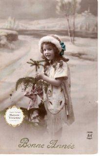 フランスアンティーク ポストカード 毛皮の帽子を被った巻毛のかわいい女の子【普通郵便送料無料】