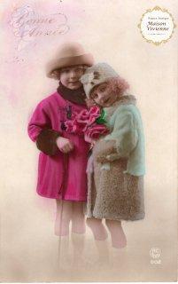 フランスアンティーク ポストカード 薔薇を抱えたおしゃまな女の子とお兄ちゃま【普通郵便送料無料】