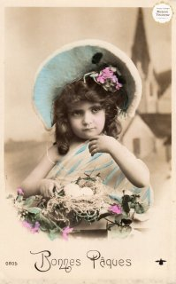 """フランスアンティーク イースターのポストカード """"鶏のたまごと帽子でおめかしした可愛い女の子""""【普通郵便送料無料】"""