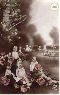 """べべ・シリーズのポストカード""""薔薇園にたくさんのべべ""""【普通郵便送料無料】"""