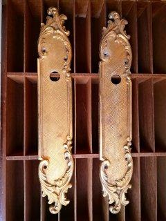 アカンサス模様のゴージャスなフランスアンティーク真鍮ドア装飾プレート