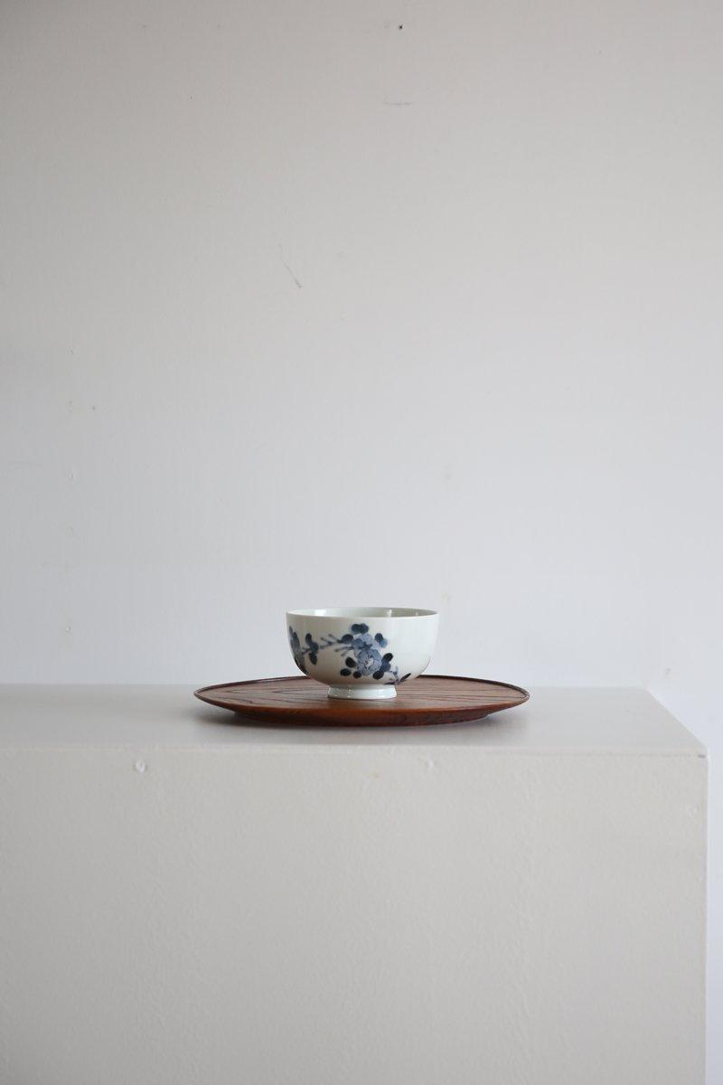 染付椿枝紋碗