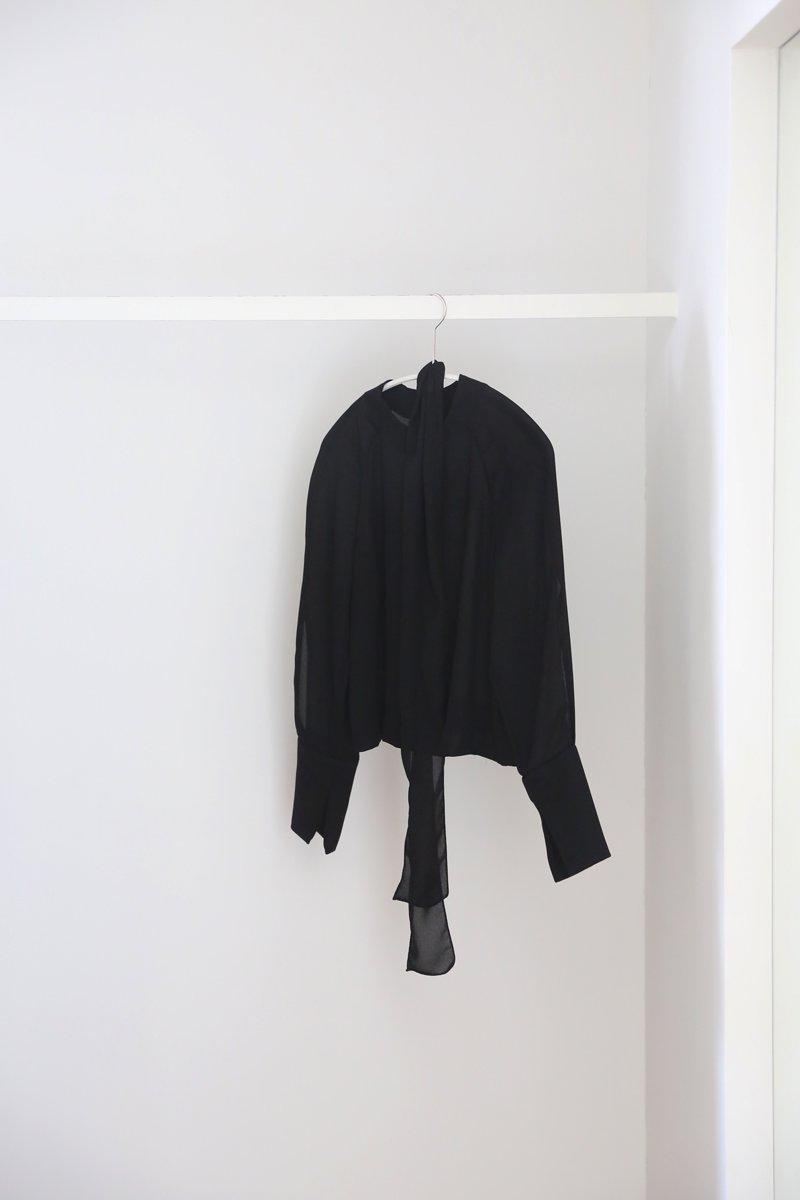 soft梨地 blouse|black