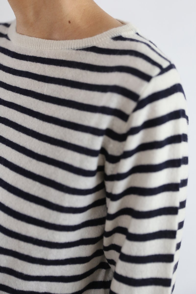 Cashmere Boat neck border Sweater|off/navy