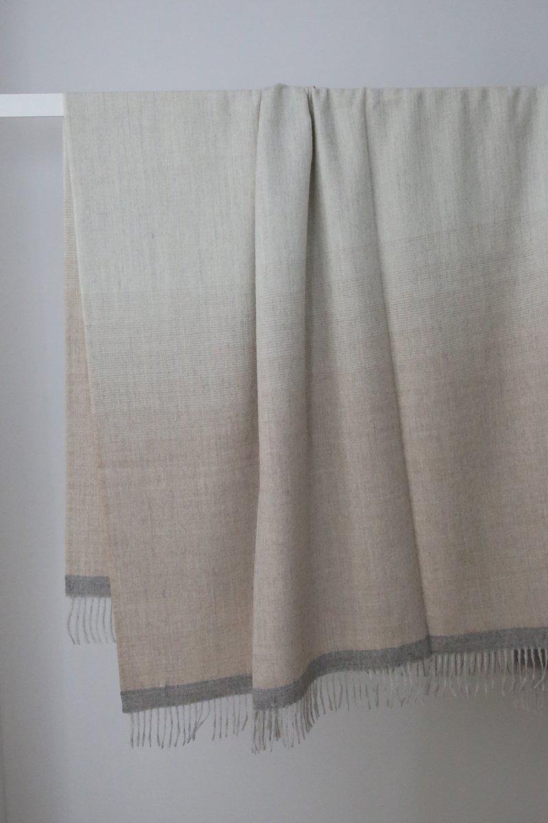 Royal Baby Alpaca Plaid stripes shawl|beige/lt.gray