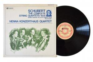 シューベルト : 弦楽四重奏曲 第13番「ロザムンデ」 / ウィーン・コンツェルトハウス四重奏団