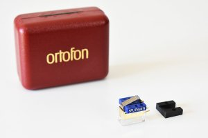 ortofon SPU Royal N <img class='new_mark_img2' src='https://img.shop-pro.jp/img/new/icons3.gif' style='border:none;display:inline;margin:0px;padding:0px;width:auto;' />