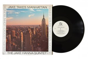 The Jake Hanna Quintet / Jake Takes Manhattan / ジェイク・ハンナ<img class='new_mark_img2' src='https://img.shop-pro.jp/img/new/icons3.gif' style='border:none;display:inline;margin:0px;padding:0px;width:auto;' />